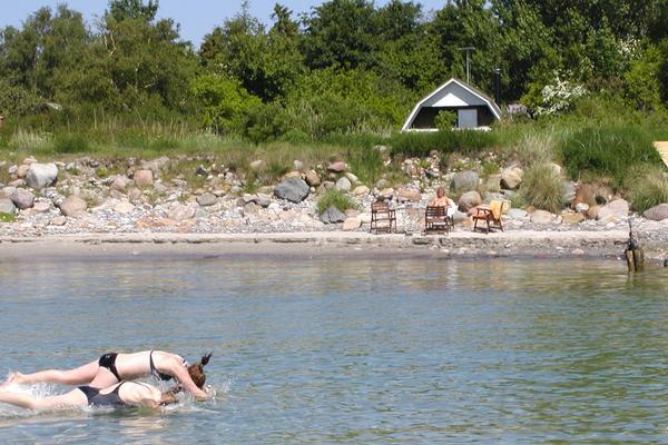 Ferienhaus Rabylle Blick vom Wasser