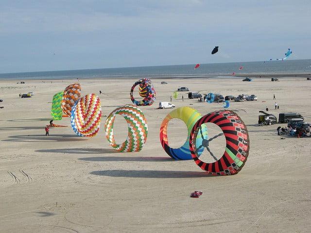 Der Strand auf Fanoe mit Drachen